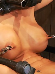 Phoenix Marie Orgasmed past any experience she has had to date.